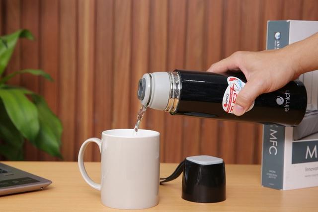 Bình giữ nhiệt - món quà thay bạn chăm sóc sức khỏe của khách hàng